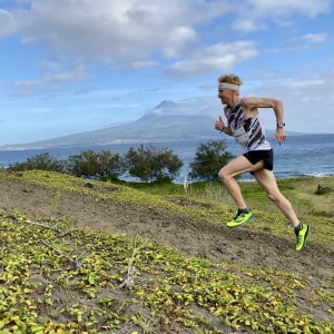 Picture: Sprinting in front of Mt Pico. @GoldenTrailSeries | @AzoresTrailRun| @VisitAzores.travel | Matleena Boström #GoldenTrailChampionship